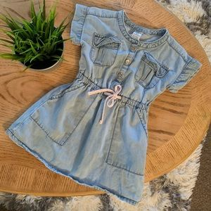 💜Carter's girls chambray colored dress, size 2T💜